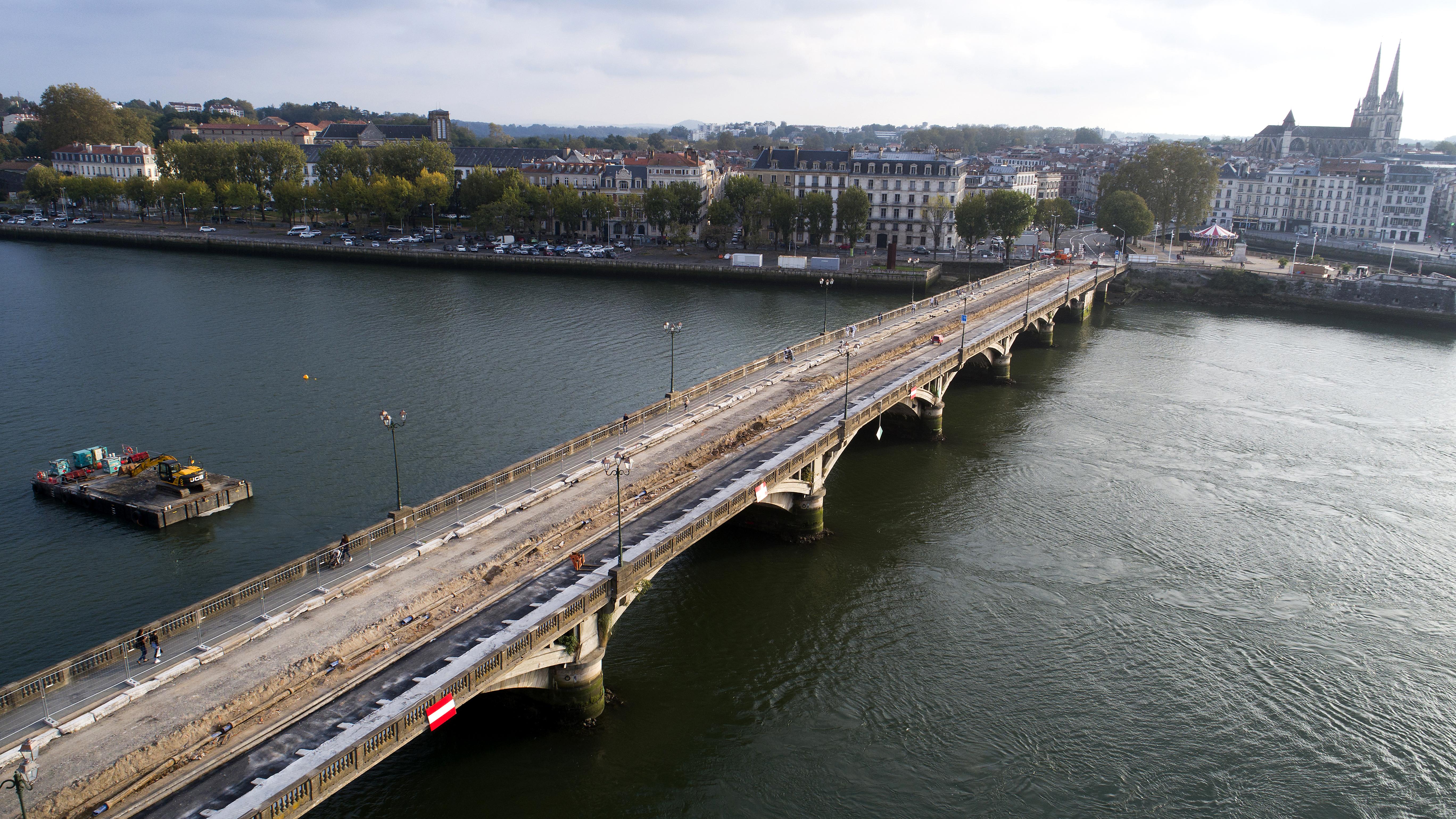 Travaux sur le pont Saint-Esprit à Bayonne Septembre 2017